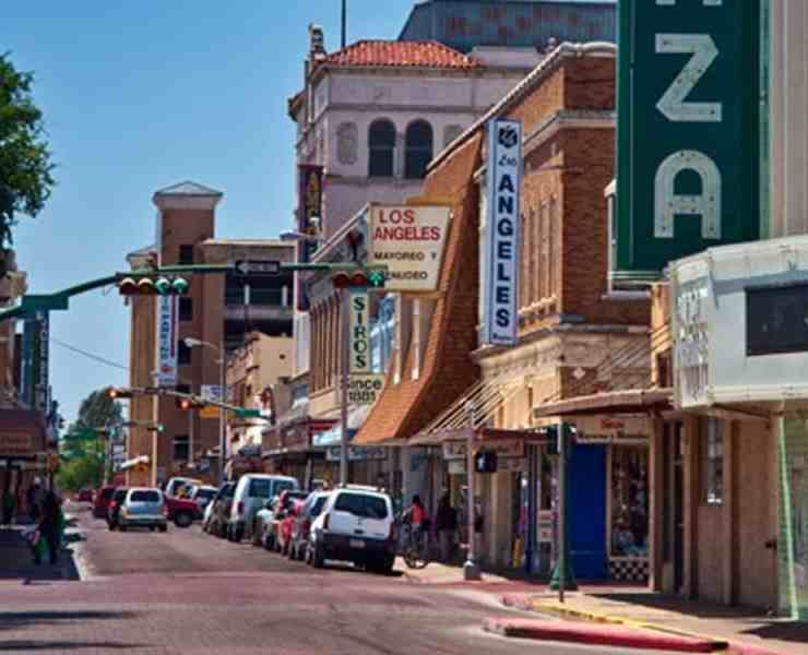 10 Reasons I Wish I Grew Up Literally Anywhere BUT Laredo, TX