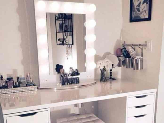 DIY makeup organizer tips are here to help. We have listed some great tips for you to try at home that are simple, easy, and will make a positive difference in your makeup station.