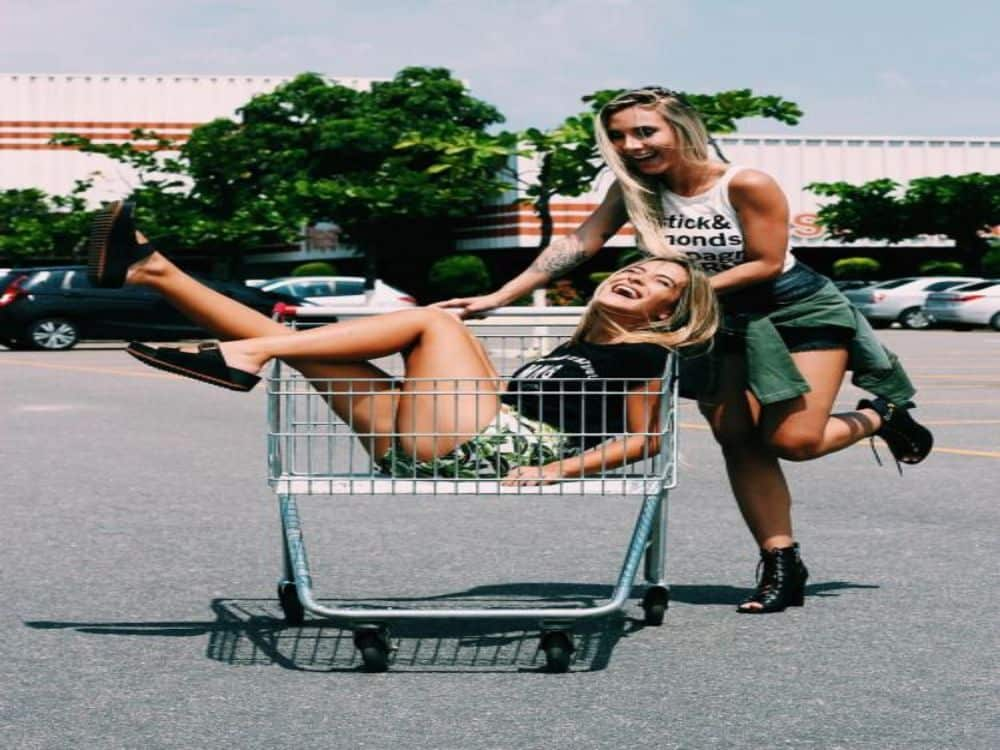 10 Signs That Your Best Friends Are Actually Your Soulmates