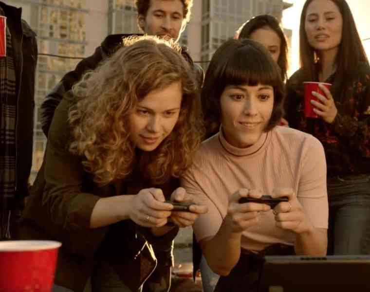 Find out why the Nintendo Switch is the perfect console for college students. No matter if you're a casual or hardcore gamer, you don't wanna miss it!
