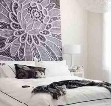 A dorm headboard allows you to add a personal touch into your first home away from home. To help you decorate, here are 10 dorm headboards that will add some flair to your room.