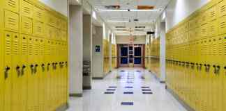 You should be thankful if high school wasn't the best experience. Here are a couple of reasons why you should not peak in high school!