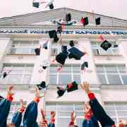 10 Scholarships For Freshmen That Will Help You Afford College