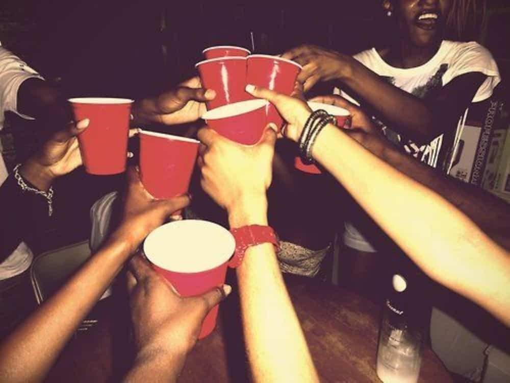 10 Insane Drinking Games To Try With Your Friends This Summer