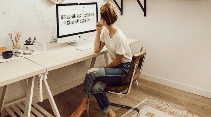 8 Fun Things You Need For Your Desk