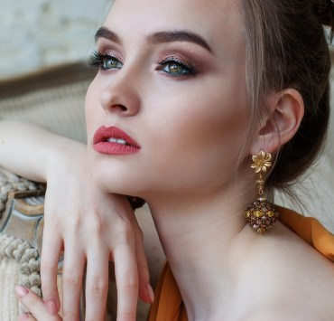 8 Cool Pairs Of Earrings You Won't Wanna Miss