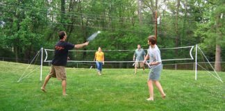 10 Fun Outdoor Games To Play At Your Next Family Cookout