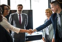 Why Networking Is Essential As A College Student