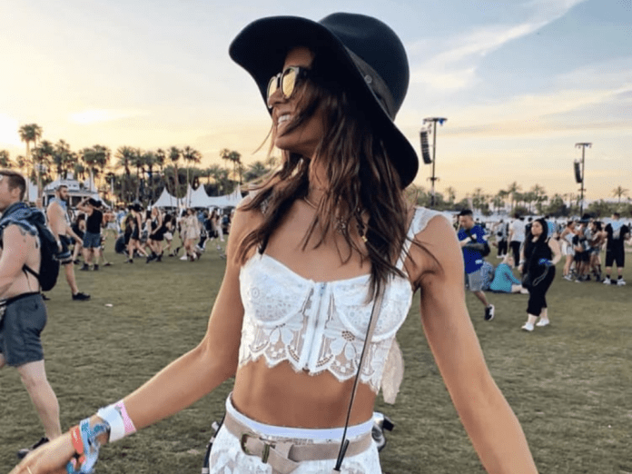 12 Best SunFest Outfit Ideas You Should Know