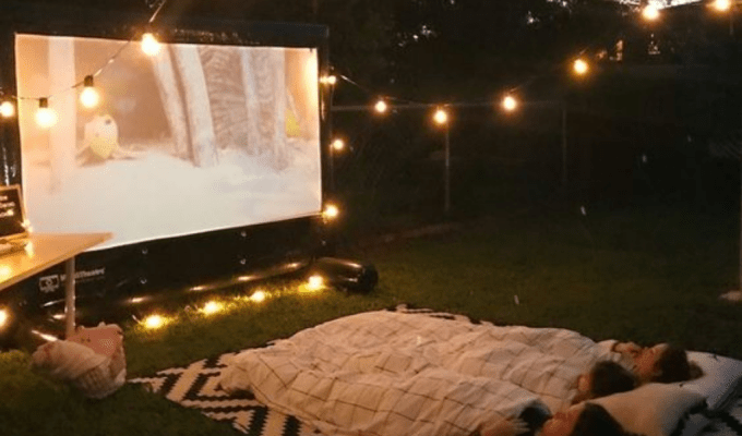 Cute And Unique Ways To Decorate Your Backyard This Summer