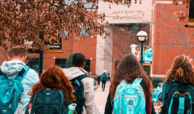 10 Things You Realize When You Move Away To College