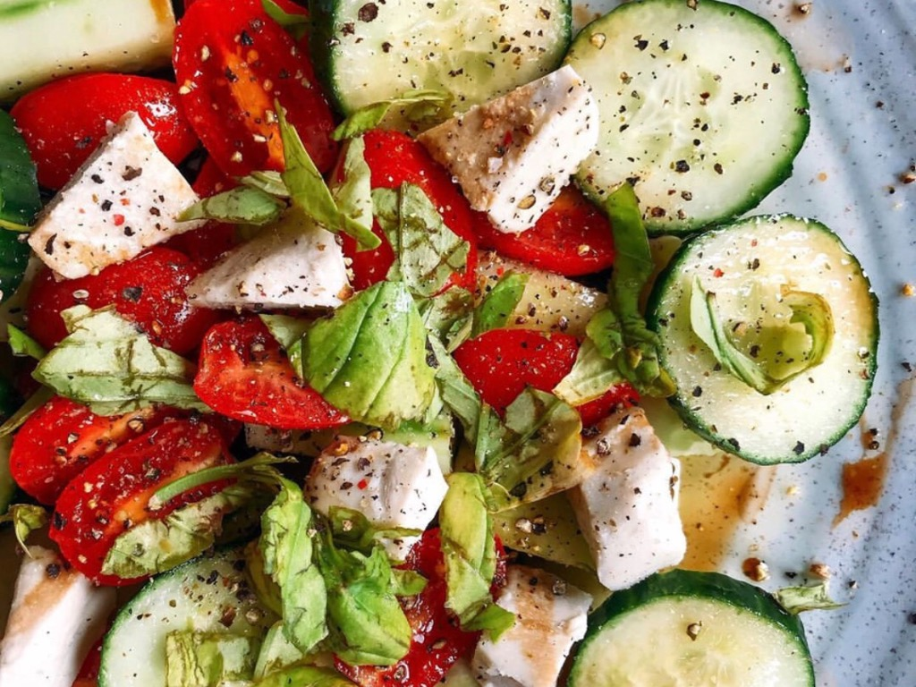 10 Best Low Calorie Snacks You Won't Feel Guilty Eating