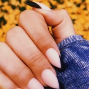 Cutest Nail Colors For The Fall