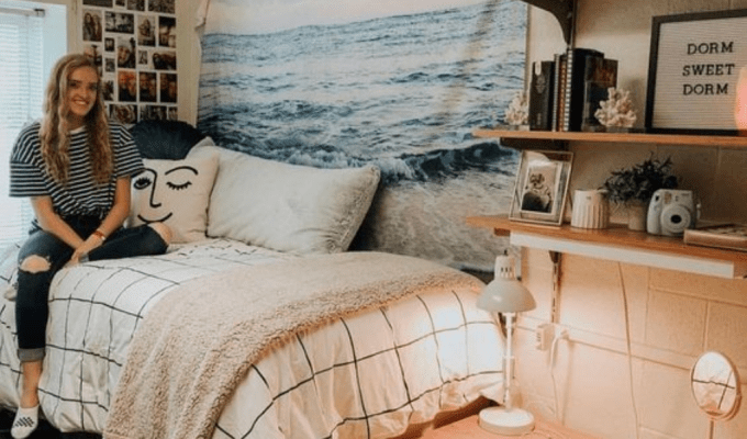5 Ways To Make Your Dorm Room Feel Like Home