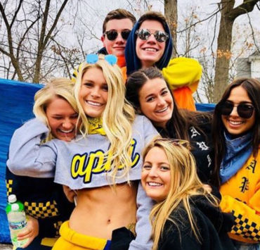 social life, 10 Ways You Can Improve Your Social Life So That Everyone Wants To Be Your Friend