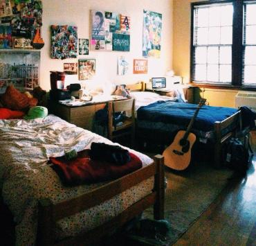 10 Mistakes To REALLY Avoid On College Move In Day