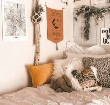 10 Things You Need For Your Dorm Room This Fall