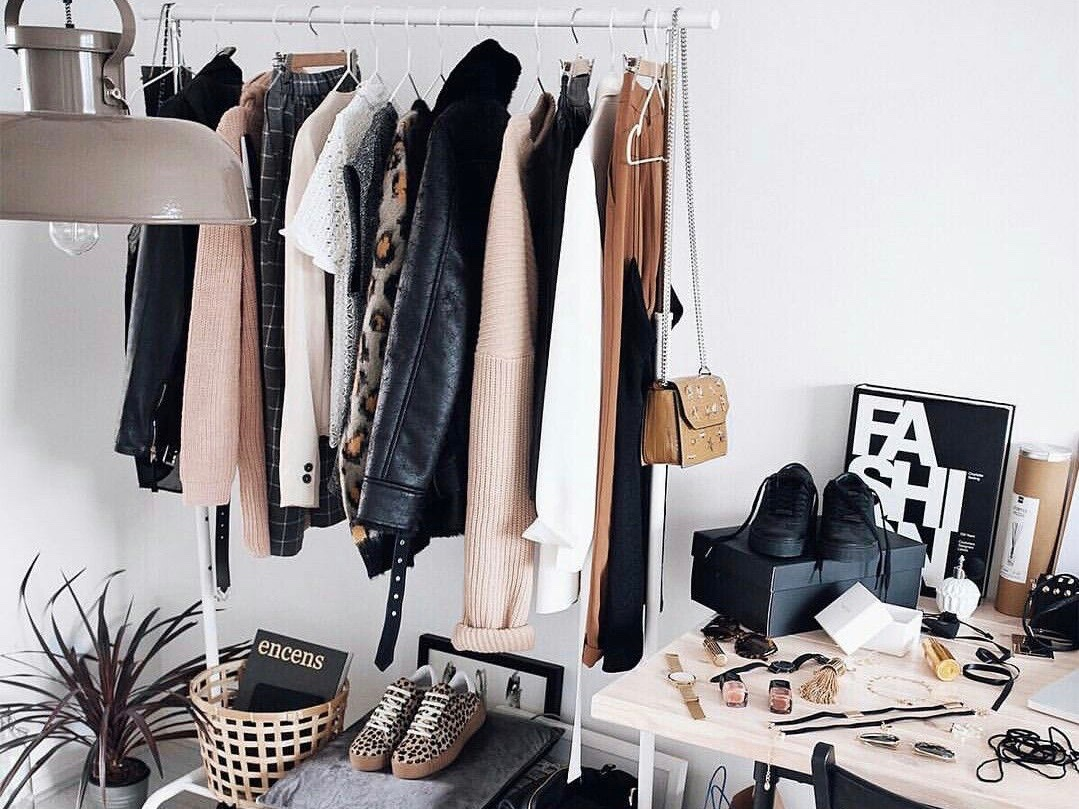 Capsule Wardrobe: 10 Basics You Need In Your Closet