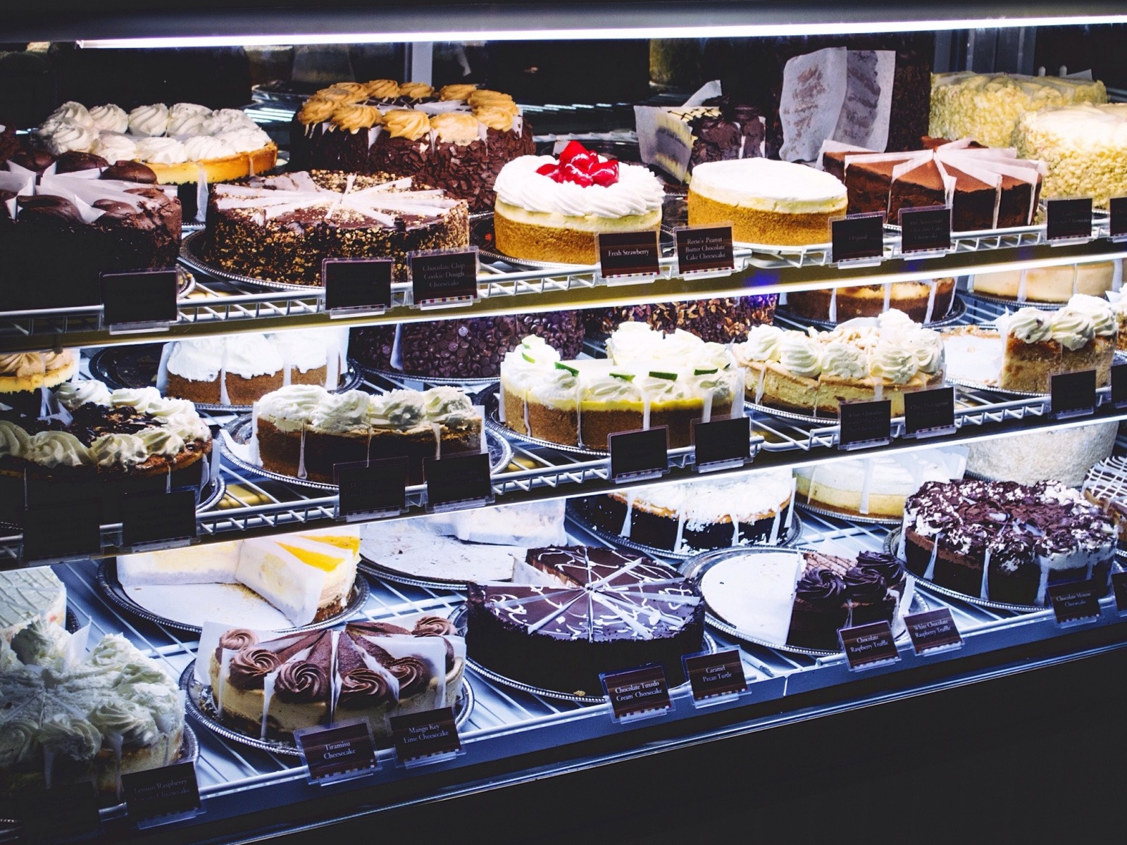An Ode to the Cheesecake Factory