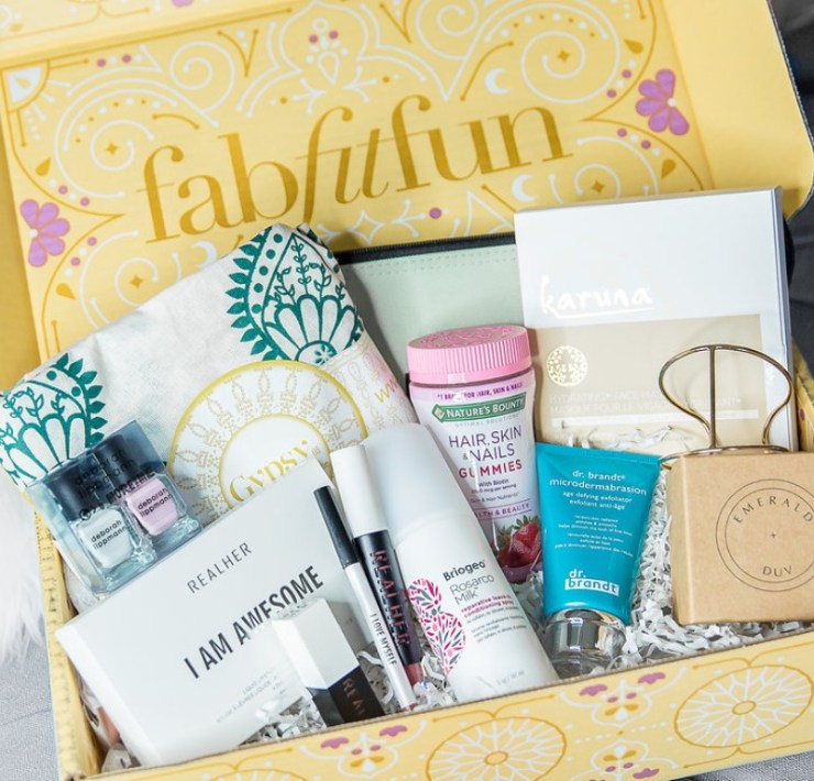 Treat Yourself With These 10 Subscription Boxes