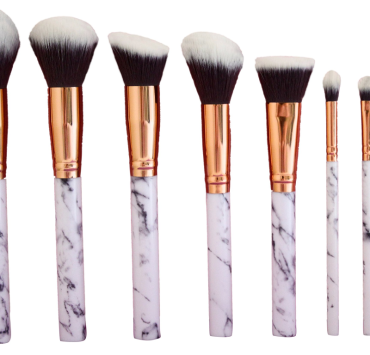 Makeup Brushes Every Girl Needs