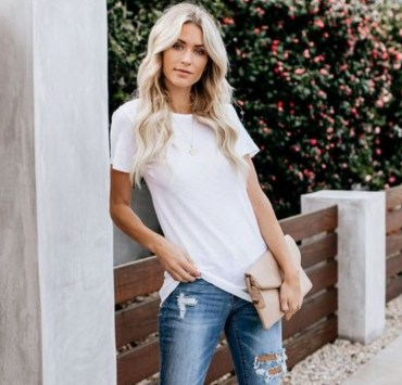 10 Cute Outfits With A White T-Shirt