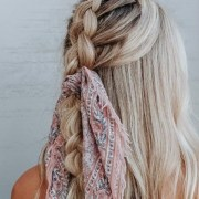 Summer Hairstyles, 12 Effortless Summer Hairstyles For When You're In A Rush
