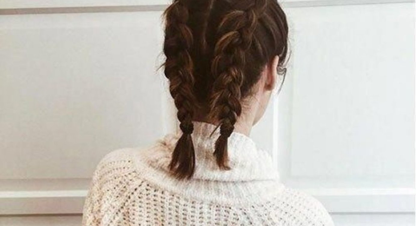 Chic and Easy Hairstyles For Short Hair - Society12