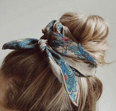 The Best Ways To Wear A Bandanna And Look Great