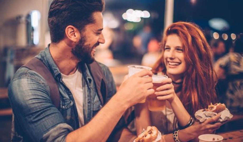 How To Relax And Be Yourself On A First Date
