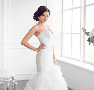 Corset Wedding Dresses, 10 Gorgeous Corset Wedding Dresses For The Romantic Bride