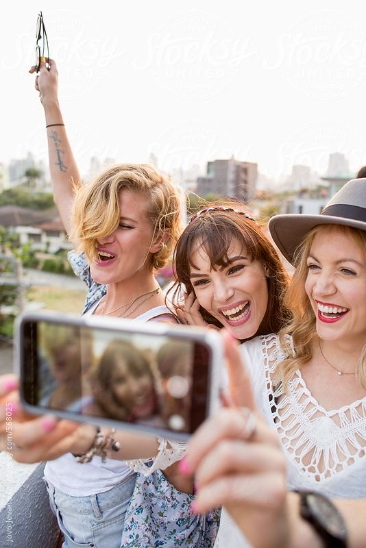 6 Ideas To Plan Your Next Girls Night Out