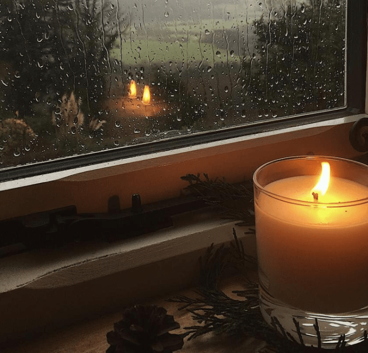 7 Candle Scents That Are Essential For Your Home
