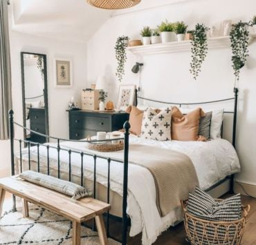 10 Adorable Plants That Will Liven Up The Essence Of Your Bedroom
