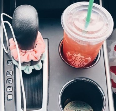 15 Items You Need To Have Handy In Your Car