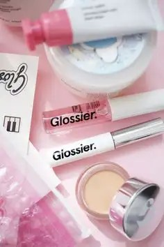 The 5 Glossier Products You Need
