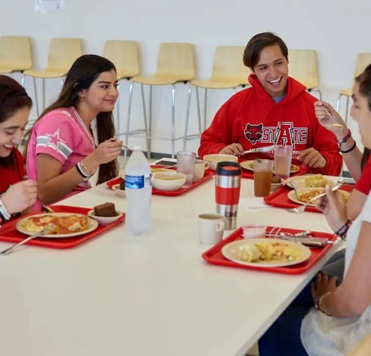 College Cafeteria Hacks, Hacks To Improve Your College Cafeteria Experience