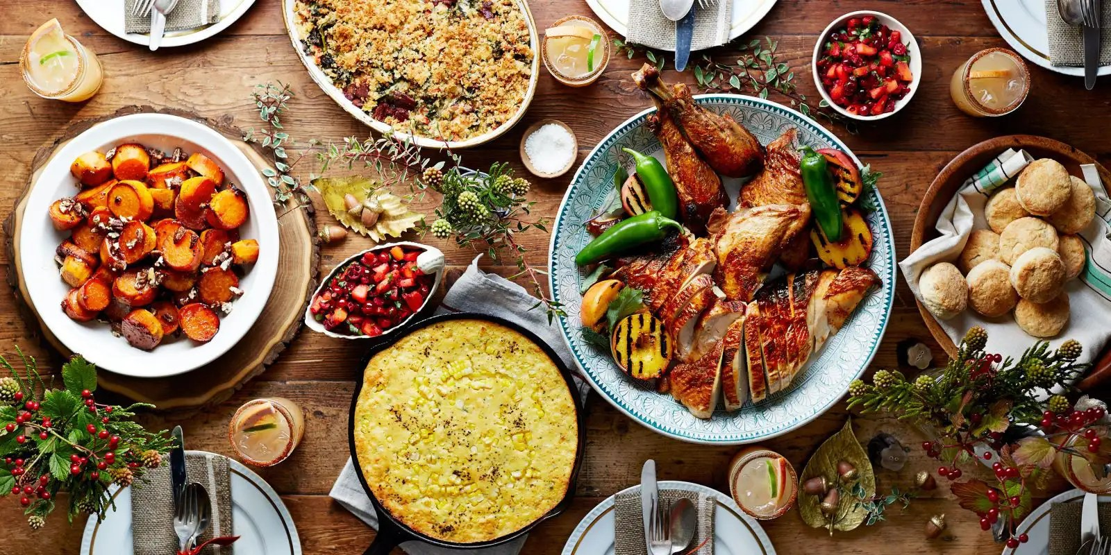 10 Restaurants Open On Thanksgiving If You Don't Want The Hassle Of Cooking - Society19