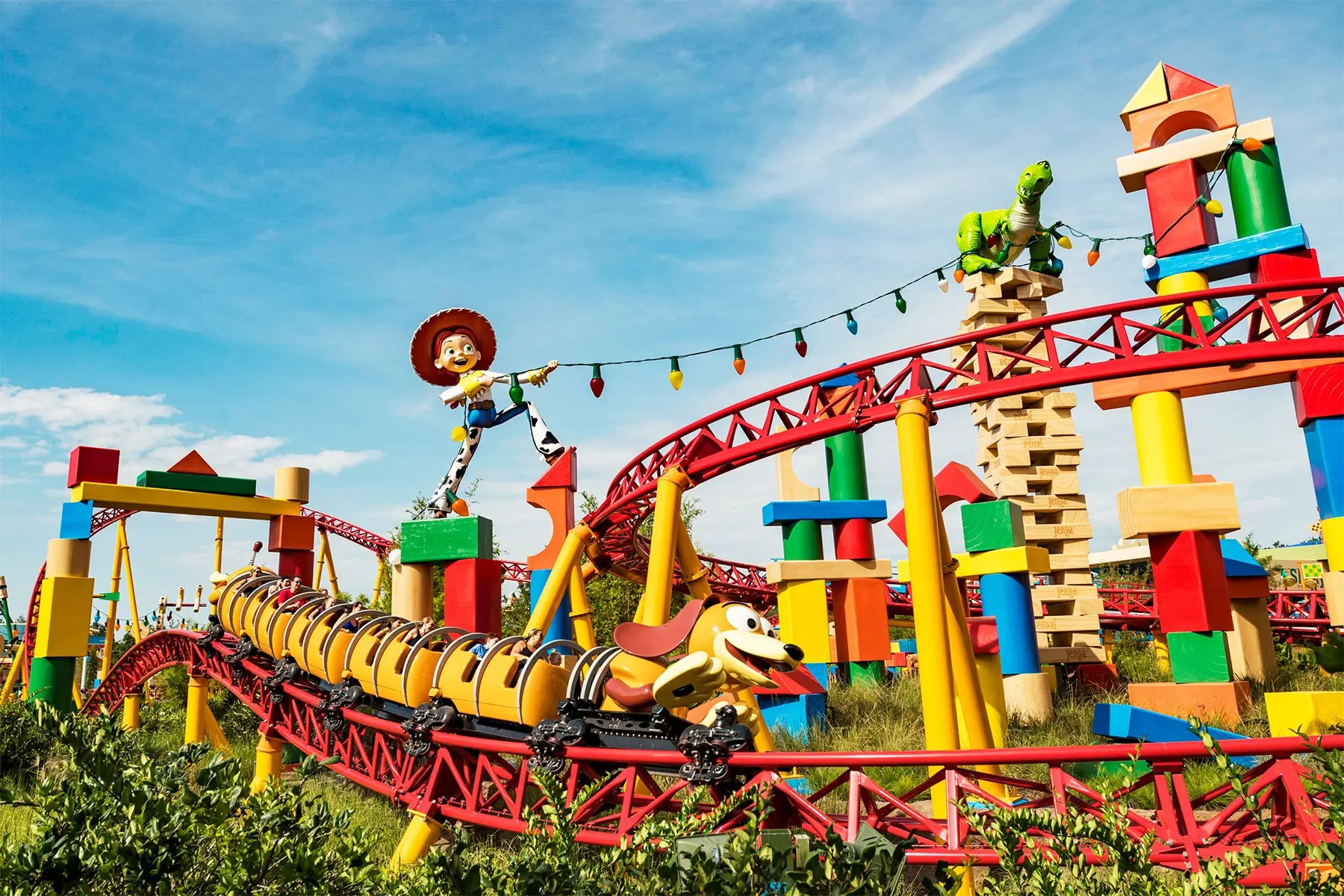 Top 10 Radical Theme Park Attractions - Society19
