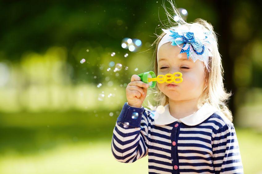 Kleinkinder mit tollen Spielideen gezielt frdern  socko