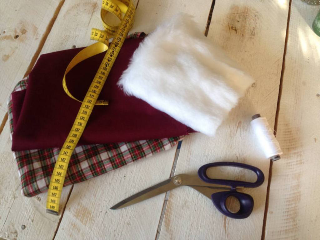 What you need to sew a Christmas stocking easy  how to sew a christmas stocking easy