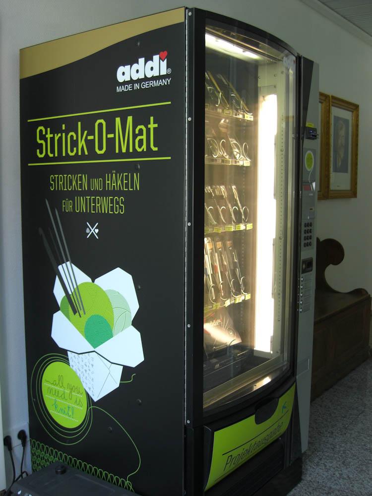 strick-o-mat Strick-O-Mat <b>Strick-O-Mat</b> - Wolle und Zubehör aus dem Automaten