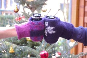 Geschenke - Handschuh für Getränke Handschuh für Getränke Anleitung: Handschuh für Getränke stricken