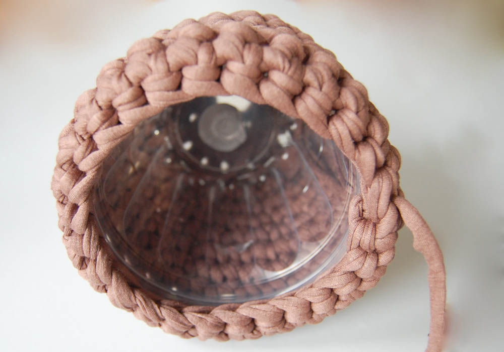 Lampe schirm Textilgarn lampenschirm Anleitung: gehäkelter Lampenschirm aus Textilgarn