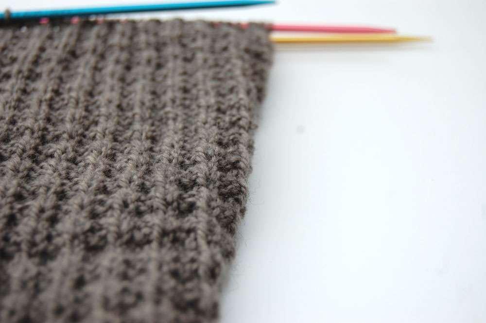 Pullover stricken - Zunahmen Ärmel  Anleitung: Attraktiven Pullover stricken – in einem Stück