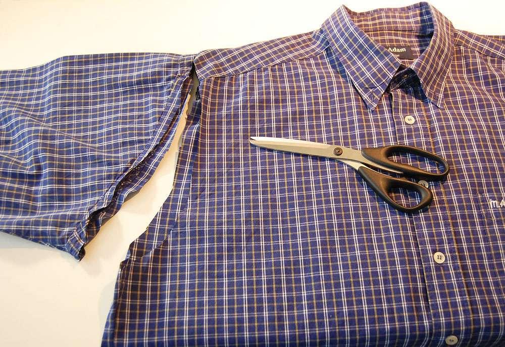Stoffbeutel nähen aus Oberhemd - Ärmel werden abgeschnitten stoffbeutel nähen Nähanleitung: Stoffbeutel nähen aus einem Oberhemd