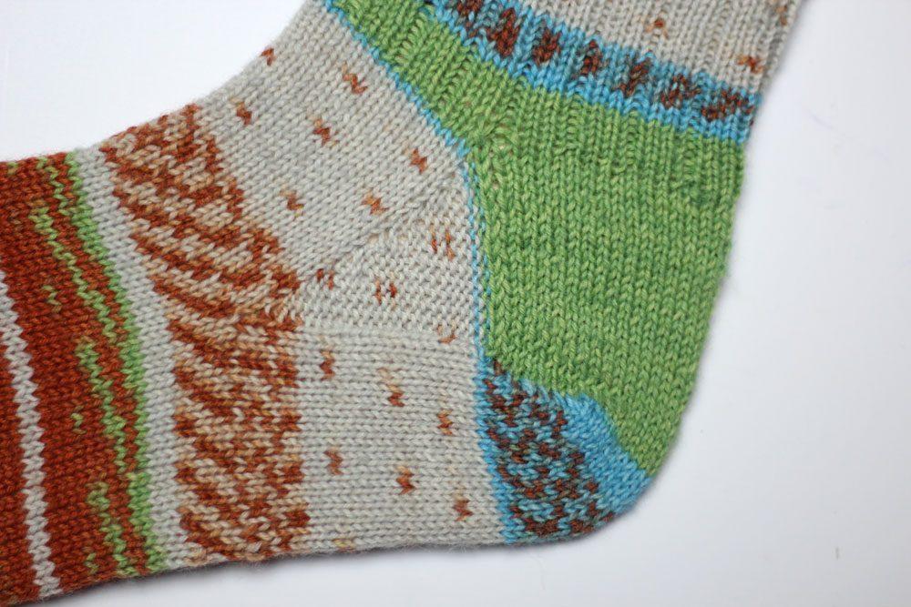 Toe Up Socken - Sockenwunder - Spickel sockenwunder Anleitung: Toe Up Socken stricken mit Sockenwunder und Regia Pairfect
