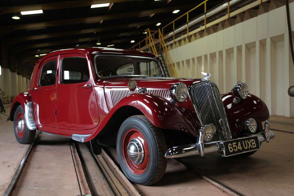 Custom Classic Cars Wallpaper Car Sos Citroen Traction Avant Soda Blasting Uk