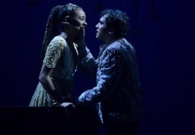 """#Cinema: Musical 'Romeu e Julieta"""" será transmitido ao vivo para os cinemas"""