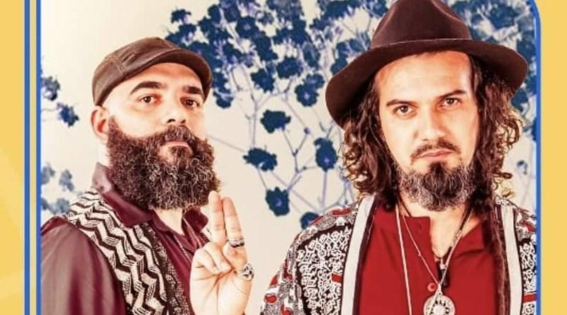 "Duo baiano Sons de Mercúrio aposta no tarot para o lançamento do álbum ""O Eu Chamado e Outras Jornadas"""